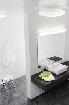 a10-a40_public_bathroom