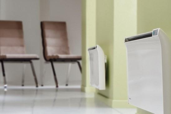 glamox3001-tpa_brown-chairs_blur-2