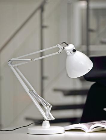 berühmte Arbeits-Lampe Luxo L-1 LED von Luxo
