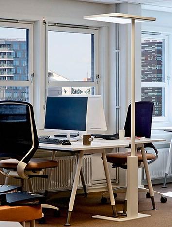environment_linea-white_office_02