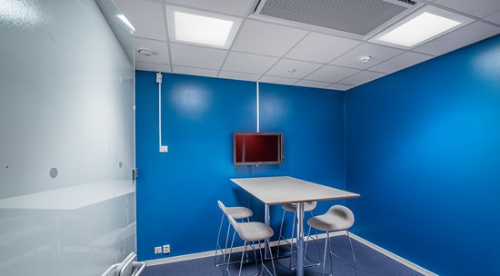 c70-r_g2_meeting-room_02