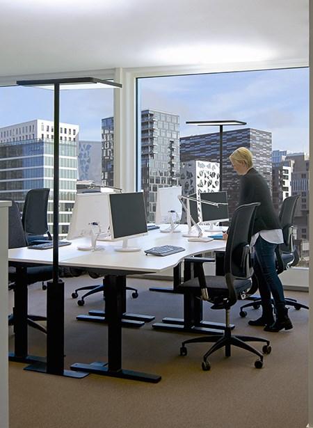 environment_linea-black_office_04