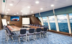 cruise_conference_room_01