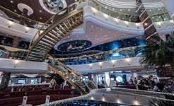 cruise_restaurant