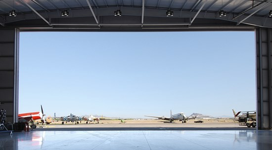 i90-p-led-airplane-hanger-150dpi-for-web