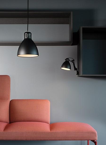 l-1-p-medium-black_l-1-w-black_-lounge-area