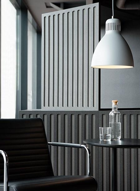 l-1-p-medium-grey_lounge-area