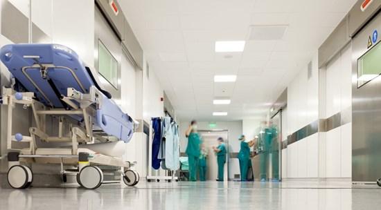 c64-r_coridor_hospital